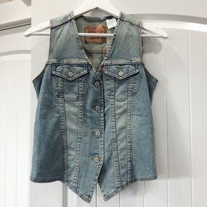 Levi's Western style Denim Jean buttoned vest